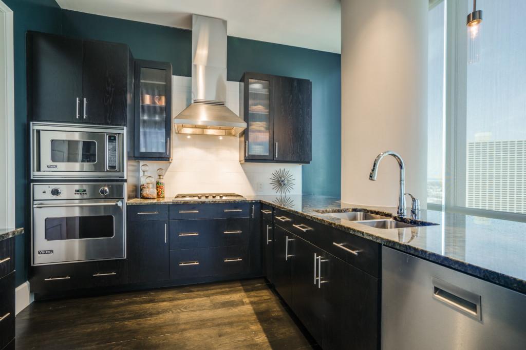 2402 Omni Kitchen