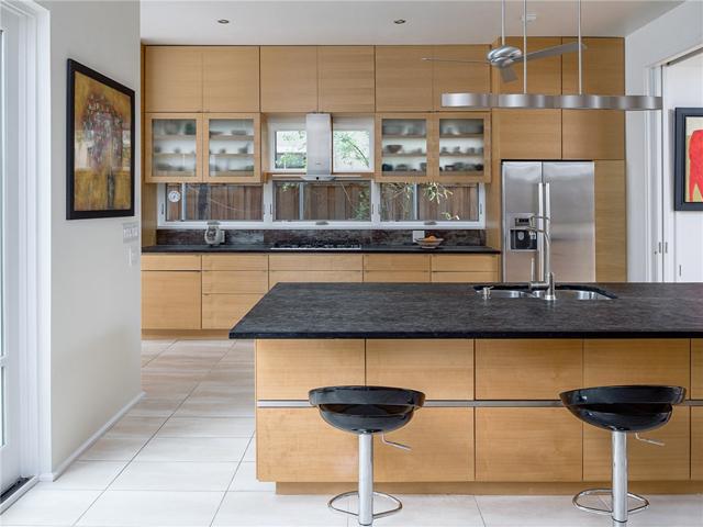 3314 Dartmouth Kitchen 3