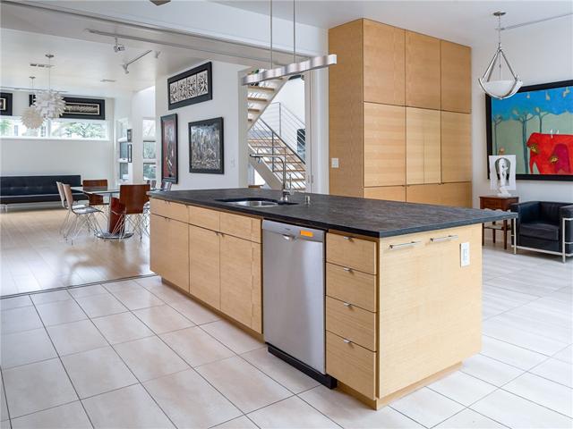 3314 Dartmouth Kitchen 4
