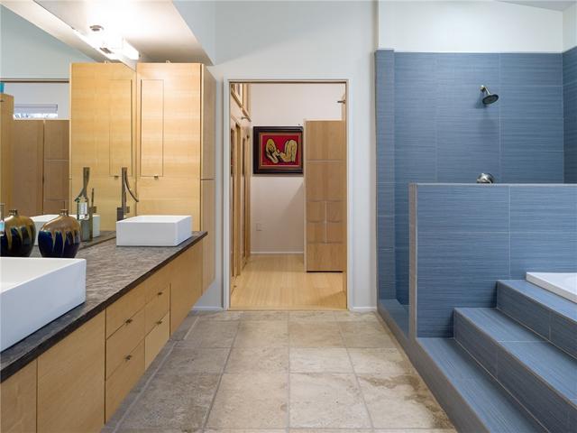 3314 Dartmouth Master Bath