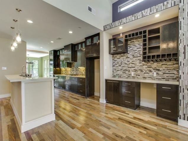 8623 San Leandro Kitchen 2