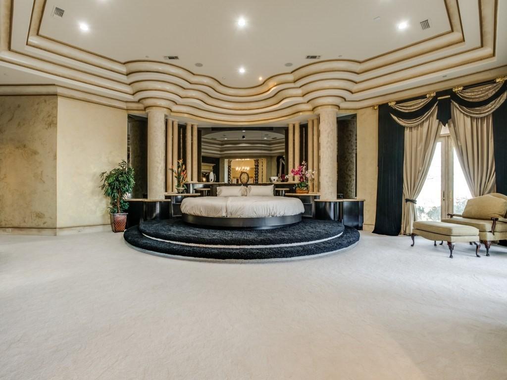 Deion master bedroom