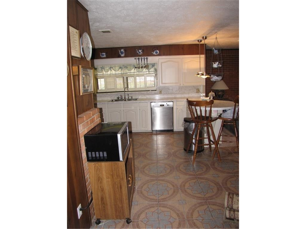 Kessler parkway kitchen