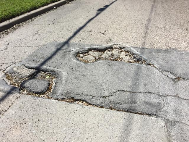 Pothole SM