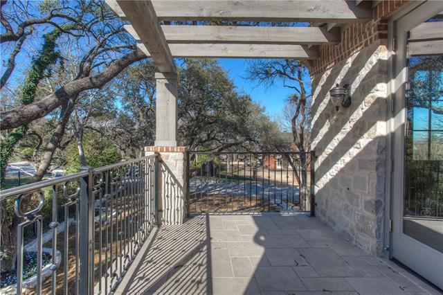 701 Alta Drive Balcony