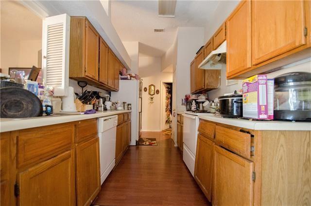 2512 ummit kitchen