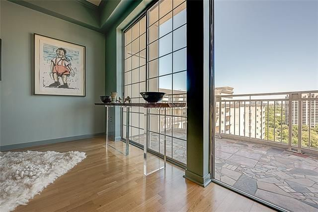 penthouse turtle creek condo
