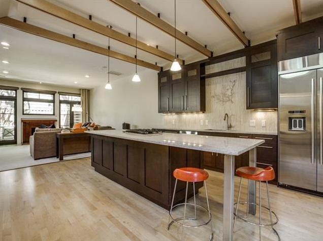 3618 N. Fitzhugh Kitchen 4