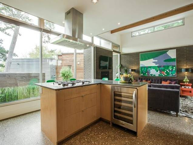 706 Kessler Woods Kitchen 2