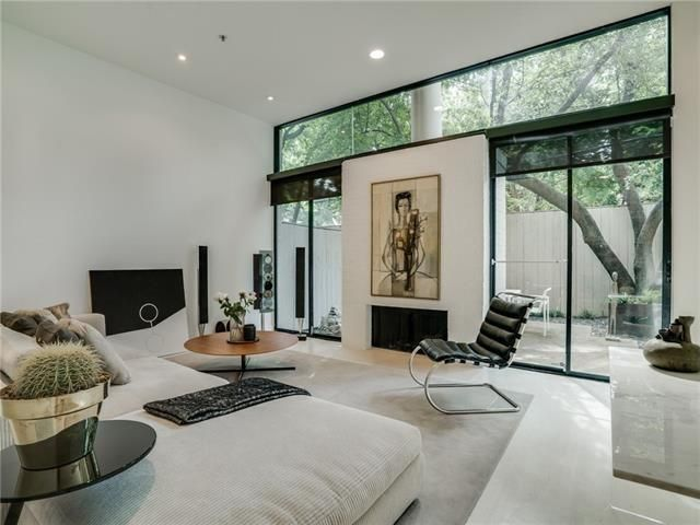 Architect Designed Homes Make For Stylish Living, And Our Thursday Three  Hundred Is A Rare Treat. This Updated Contemporary Two Story Condo Was  Designed By ...