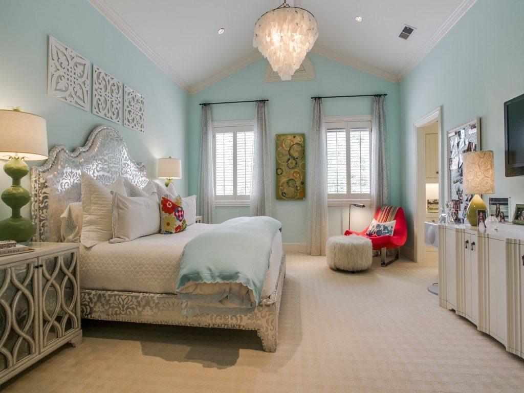 #900 Miramar bedroom 1