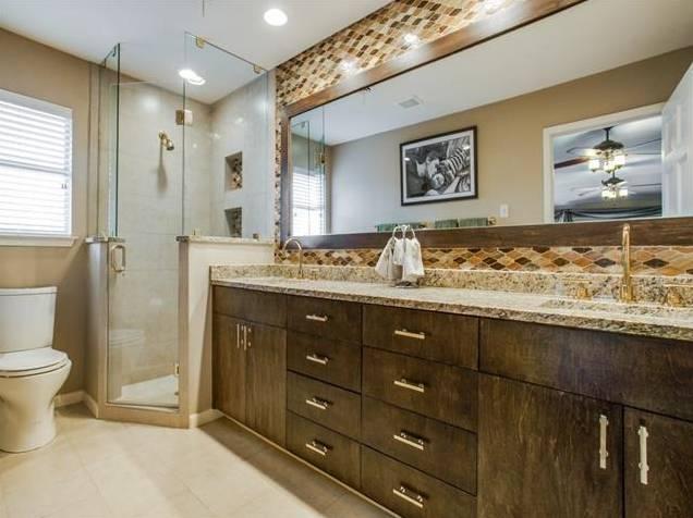 647 Bizerte Avenue Master Bath