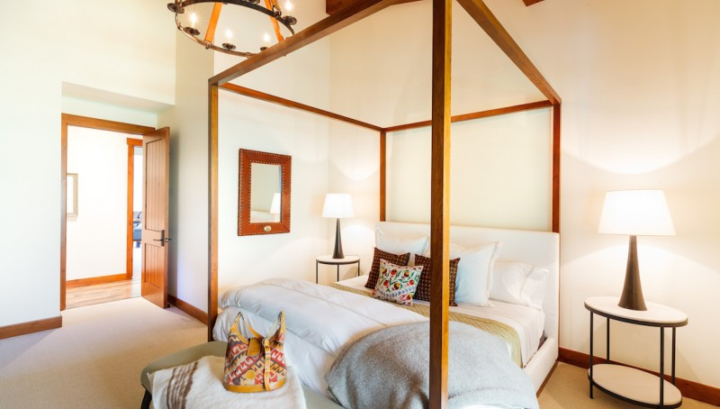 tall_timber_bedroom