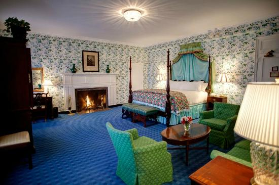 the-greenbrier (1)