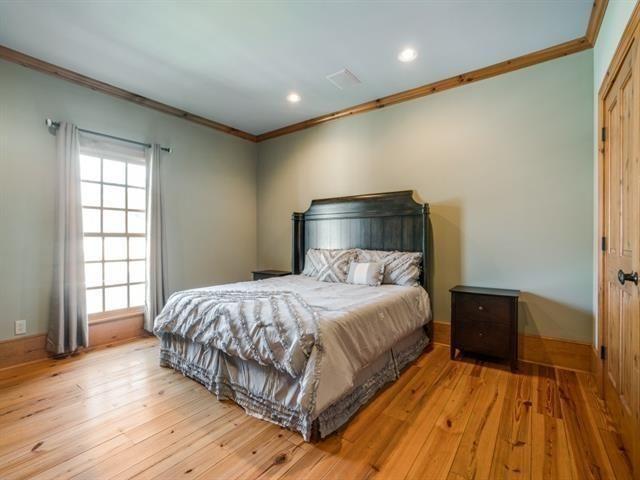 5726 Vickery bedroom 2