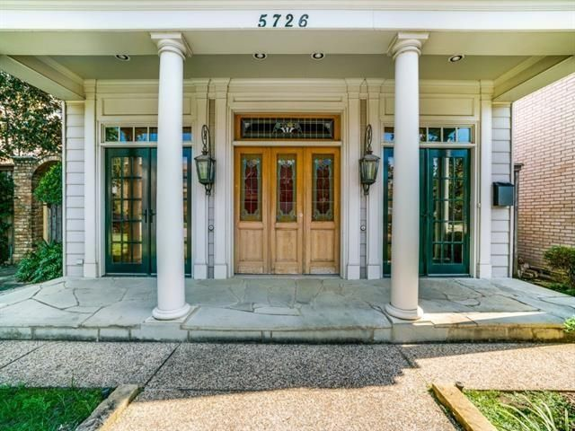 5726 Vickery blvd porch