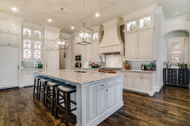 6315 Stafani kitchen by Thomas Signature Homes