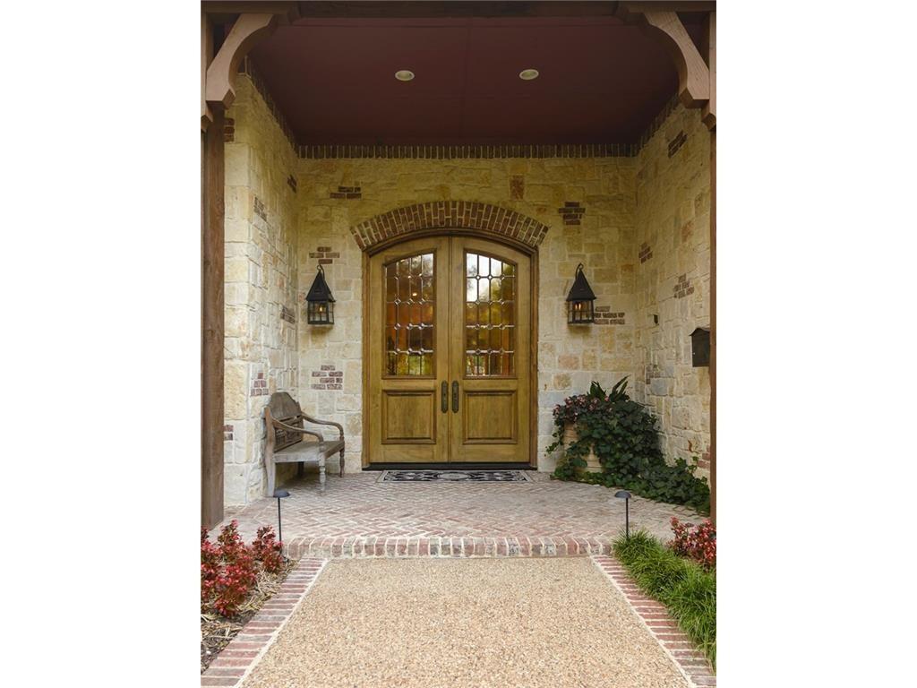 6615 Glendora door