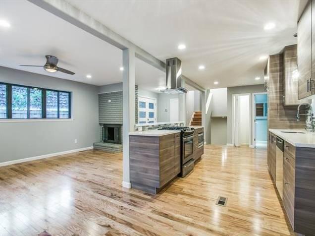 Lochwood 10551 Silverock Kitchen Living