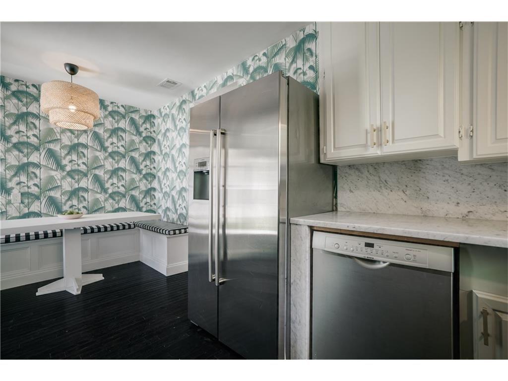 Mercedes kitchen 3