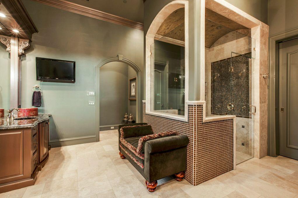 SOUTHLAKE 1900 Shady Oaks Master Bath 2