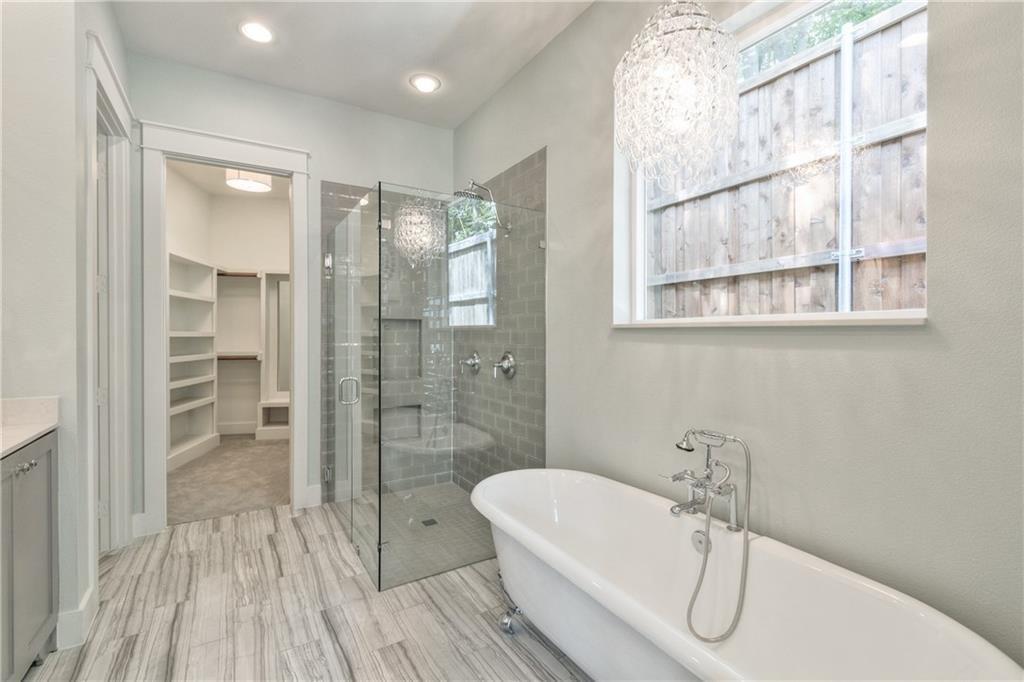 10136 Robin Hill lane master bath 1