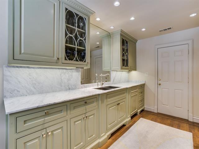 4350 Westside dr kitchen 2