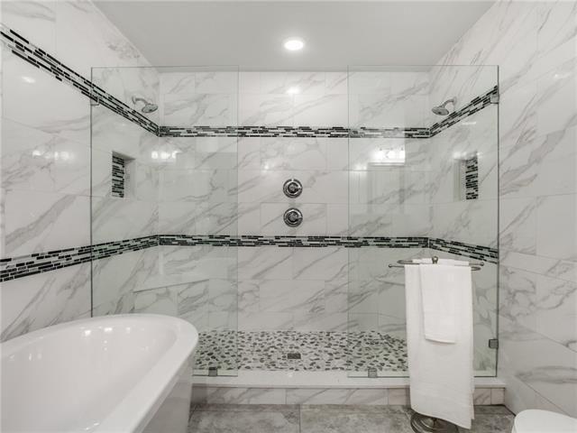 8648 San Leandro Master Bath