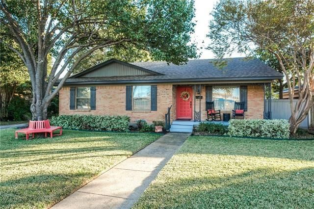 Lake Highlands North Home for Sale | CandysDirt.com