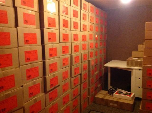 1077 Honeysuckle - Food Storage