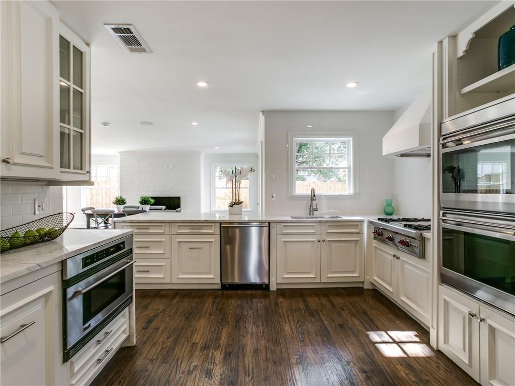 4633 Edmondson HP Kitchen