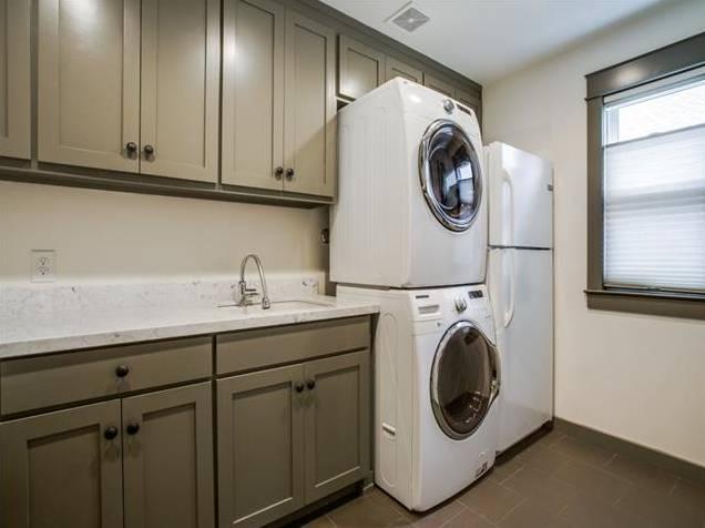 937 N. Windomere Utility Room