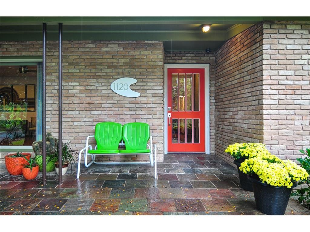 1120 Easton Front Door