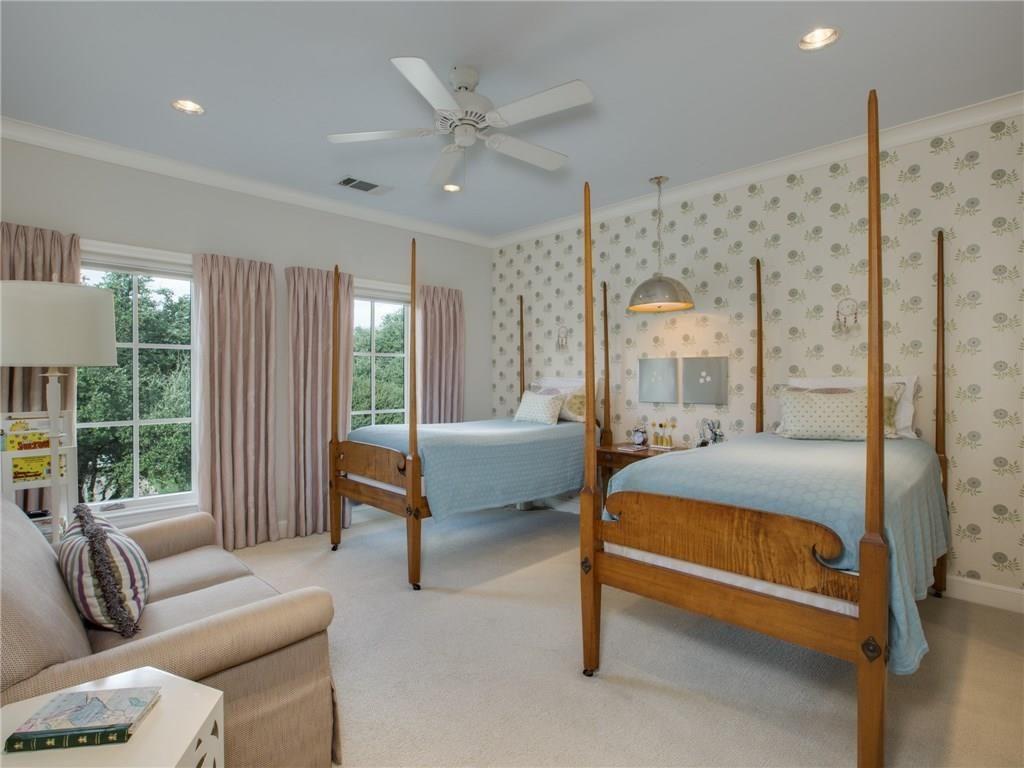 3505 Harvard Avenue Upstairs Bedroom 1