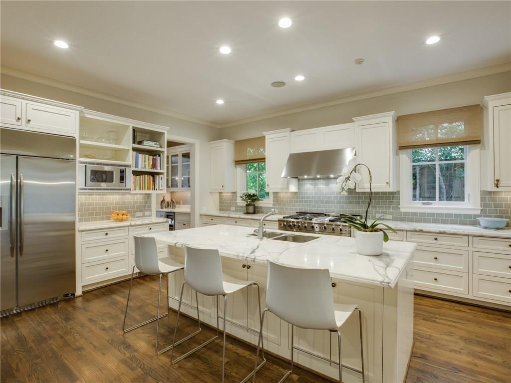 3505 Harvard Avenue Kitchen 1
