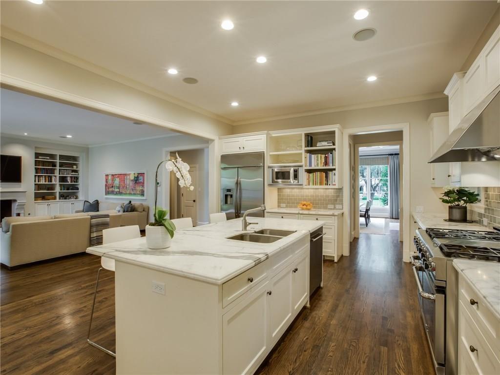 3505 Harvard Avenue Kitchen 2