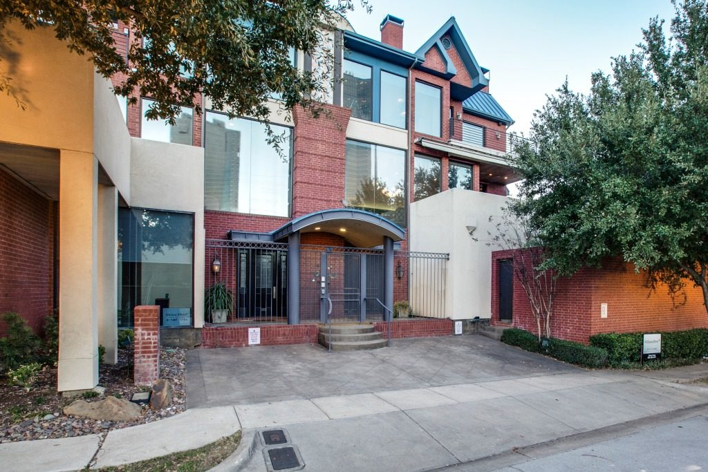 205-pecan-st-fort-worth-tx-High-Res-2