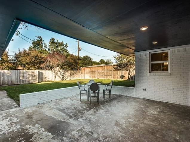 3239 Whirlaway Road Patio