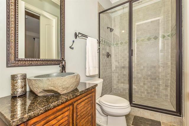5332 Miller Guest Bath