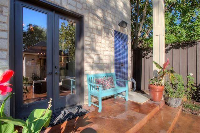 5332 Miller Outdoor Shower Porch