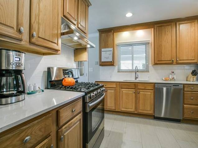 907 Tipperary Kitchen