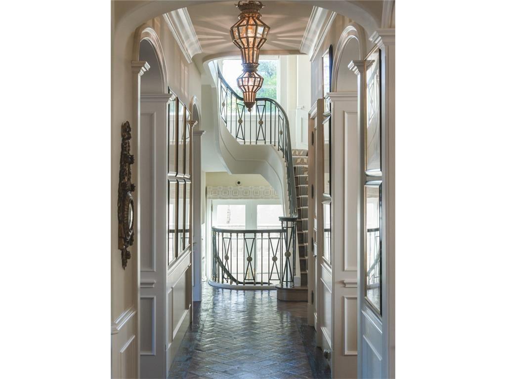 4441 S. Versailes staircase.ashx.jpeg