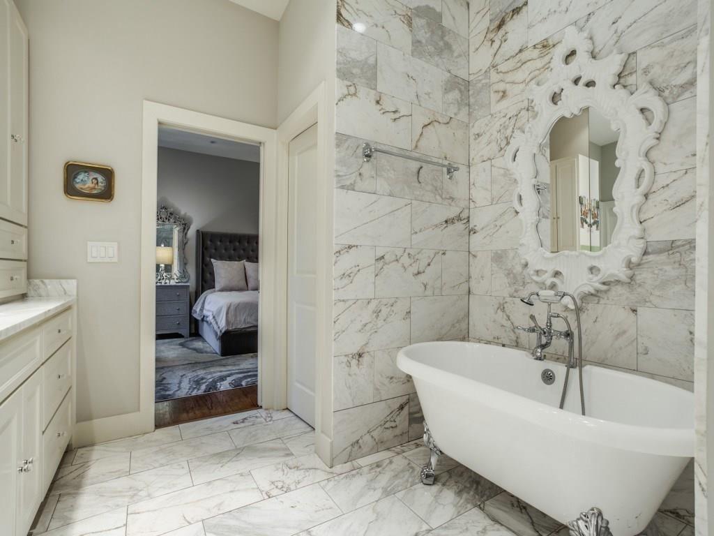 11414 Parkchester Drive Master Bath 2