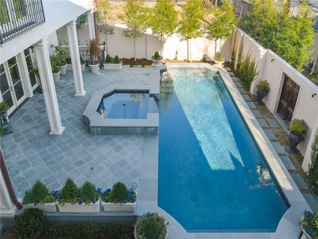 4441 S. Versailes pool.ashx.jpeg