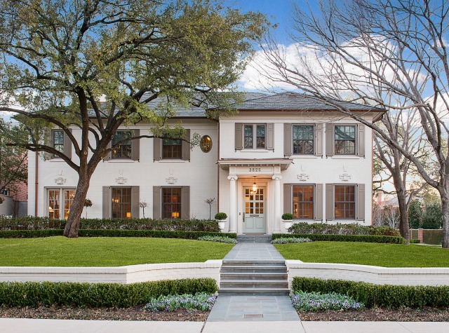 This is both an historical renovation and a seamless addition to a significant home. Photo: Dan Piassick