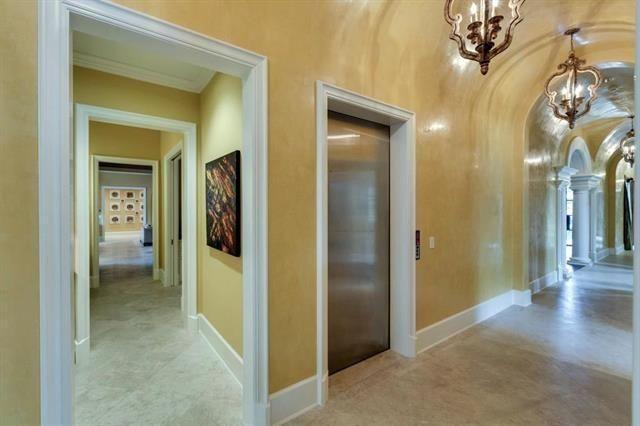 3509 Euclid Hallways