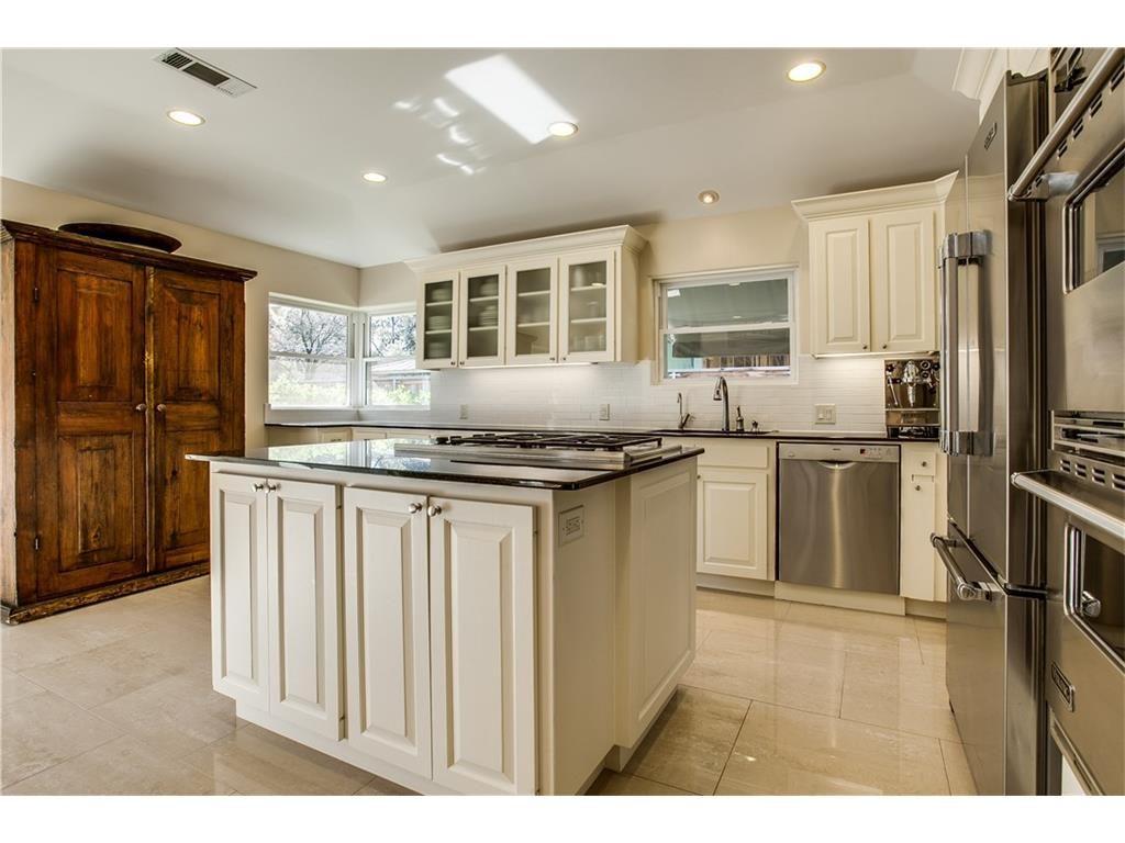 Mockingbird Park 3910 Fairfax Kitchen.ashx