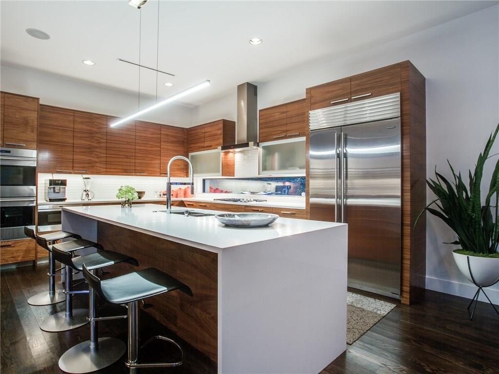 Extraordinary Mockingbird Park Contemporary 5351 Livingston Avenue kitchen island 1.ashx