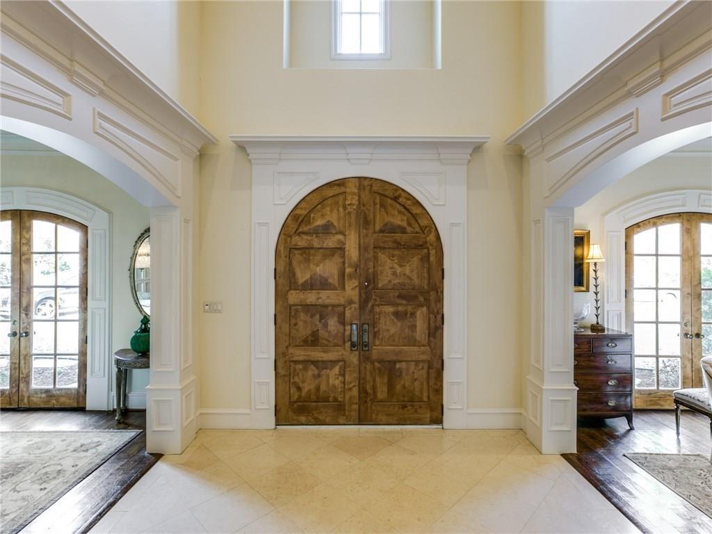 6410 Woodland Drive Front Door