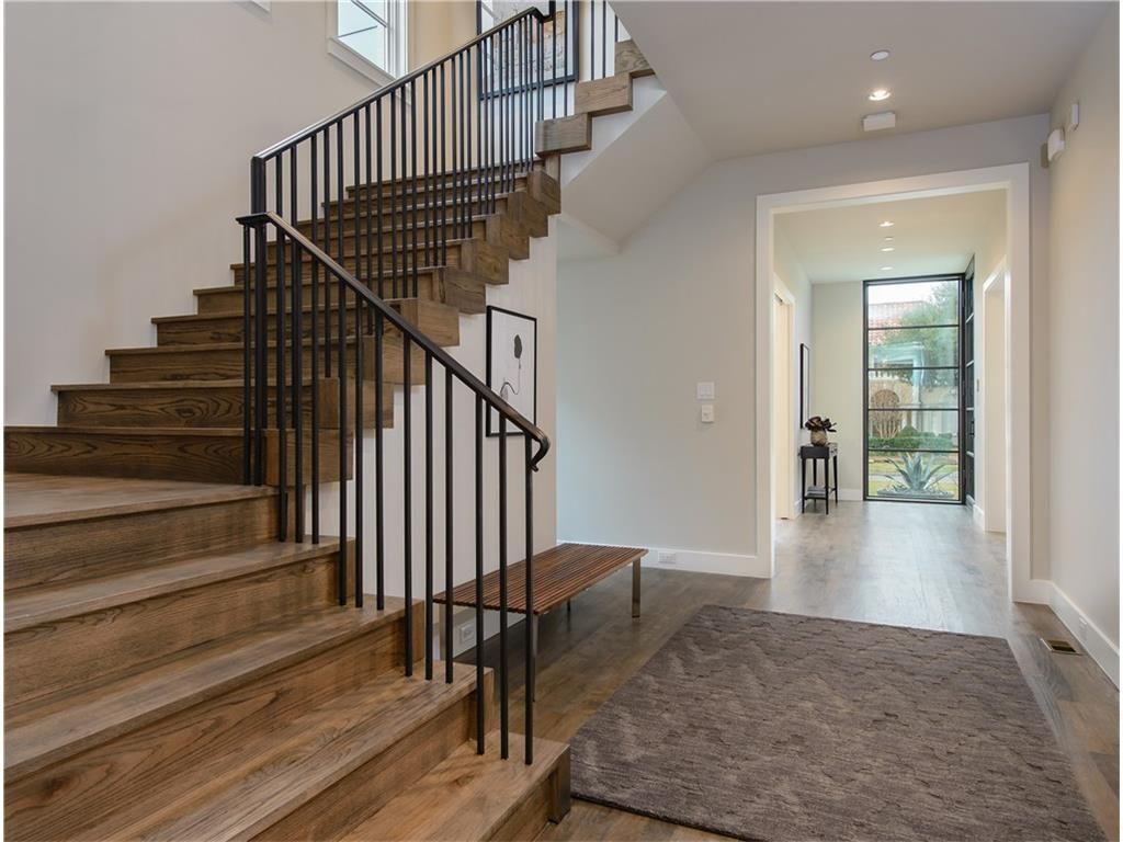 4216 San Carlos Street Staircase.ashx